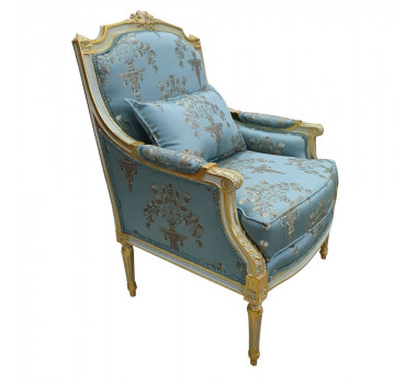 poltrona-classica-folheada-a-ouro-com-estofado-azul-com-detalhes-90x60x45cm