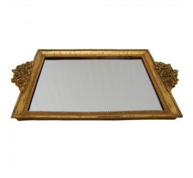 bandeja-espelhada-revestida-em-resina-dourada-com-detalhes-em-relevo-4x31x41cm