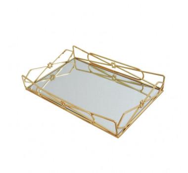 bandeja-decorativa-retangular-em-metal-dourado-com-detalhes-na-borda-7x37x25cm