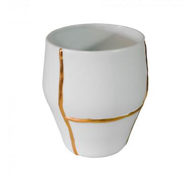 vaso-decorativo-em-porcelana-na-cor-branca-com-detalhes-em-dourado-26x23cm