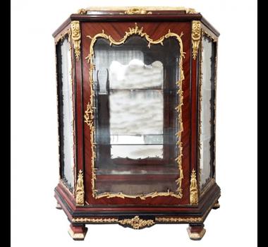 Cristaleira Estilo Imperial Francesa com Tampo Mármore Crema - 147x130x50cm
