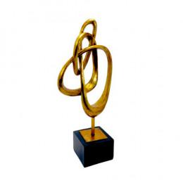 Escultura em Resina Dourada - 54x23x13cm