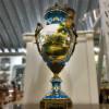 potiche-limoges-em-porcelana-azul-detalhes-em-ouro-60x24cm