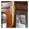 cristaleira-classica-marchetada-espelhada-2-gavetas