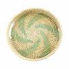 bandeja-decorativa-redonda-produzida-em-rattan-com-detalhes-em-verde-7x36cm