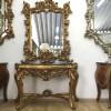 aparador-de-madeira-folheado-em-ouro-133x231cm